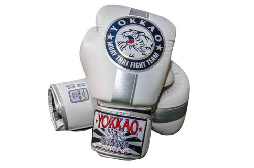 YOKKAO OFFICIAL FIGHT TEAM SILVER//WHITE MUAY THAI BOXING GLOVES